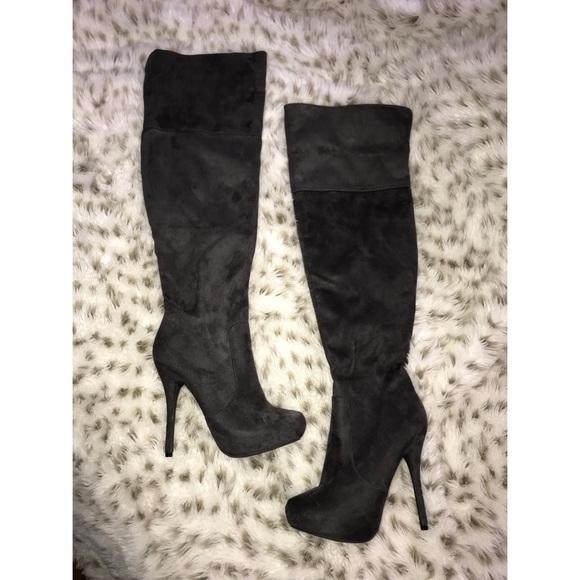 83095a74b1a Dark grey thigh high heel boots. M 5b285fc6819e90e6e24473dd
